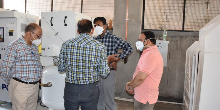 DC Jammu Announces Commission of 1200 LPM Oxygen Generation Plant to COVID-dedicated Hospital